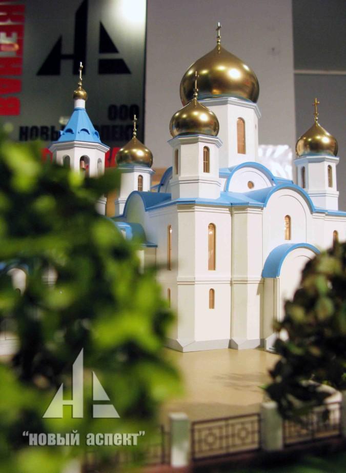 Храм Крестовоздвижения в Санкт-Петербурге
